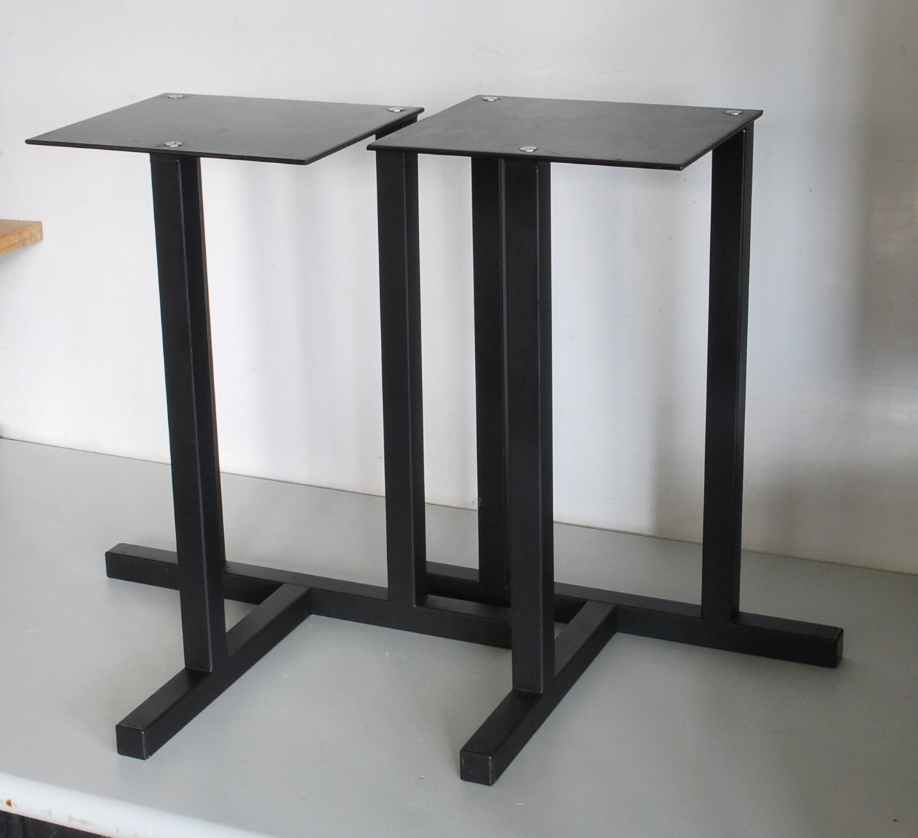 Medium Speaker Stands