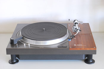 Technics SL-110 Professional Turntable