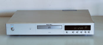 Rotel RCD-02 CD Player