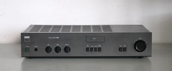 NAD 3020i Audiophile Amplifier