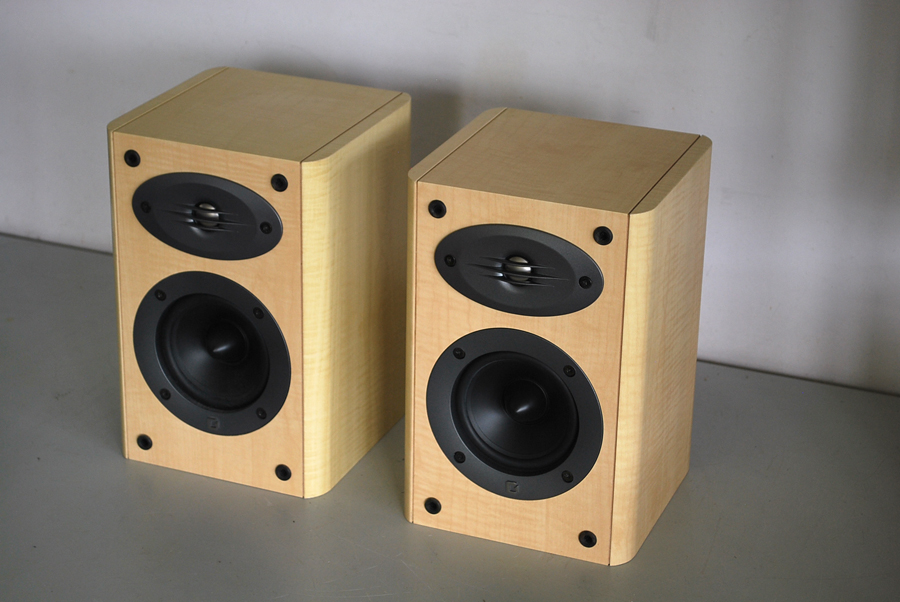 Celestion F10 Bookshelf Speakers Picture 2